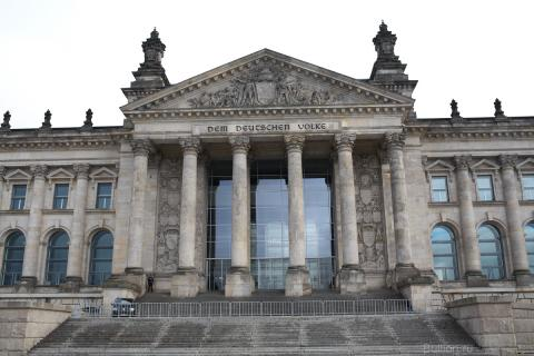 Бундестаг (Рейхстаг). Берлин. Февраль 2013